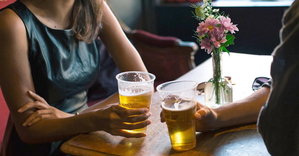 Σεξ Γυναίκες: Τι συμβαίνει στο σώμα με την κατανάλωση αλκοόλ