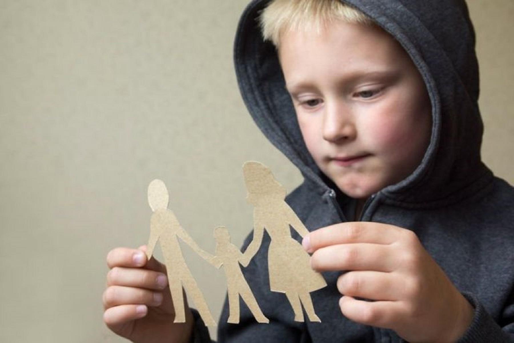 Συνεπιμέλεια Νομοσχέδιο: Σκοπός η ελαχιστοποίηση της ψυχικής δυσφορίας του παιδιού