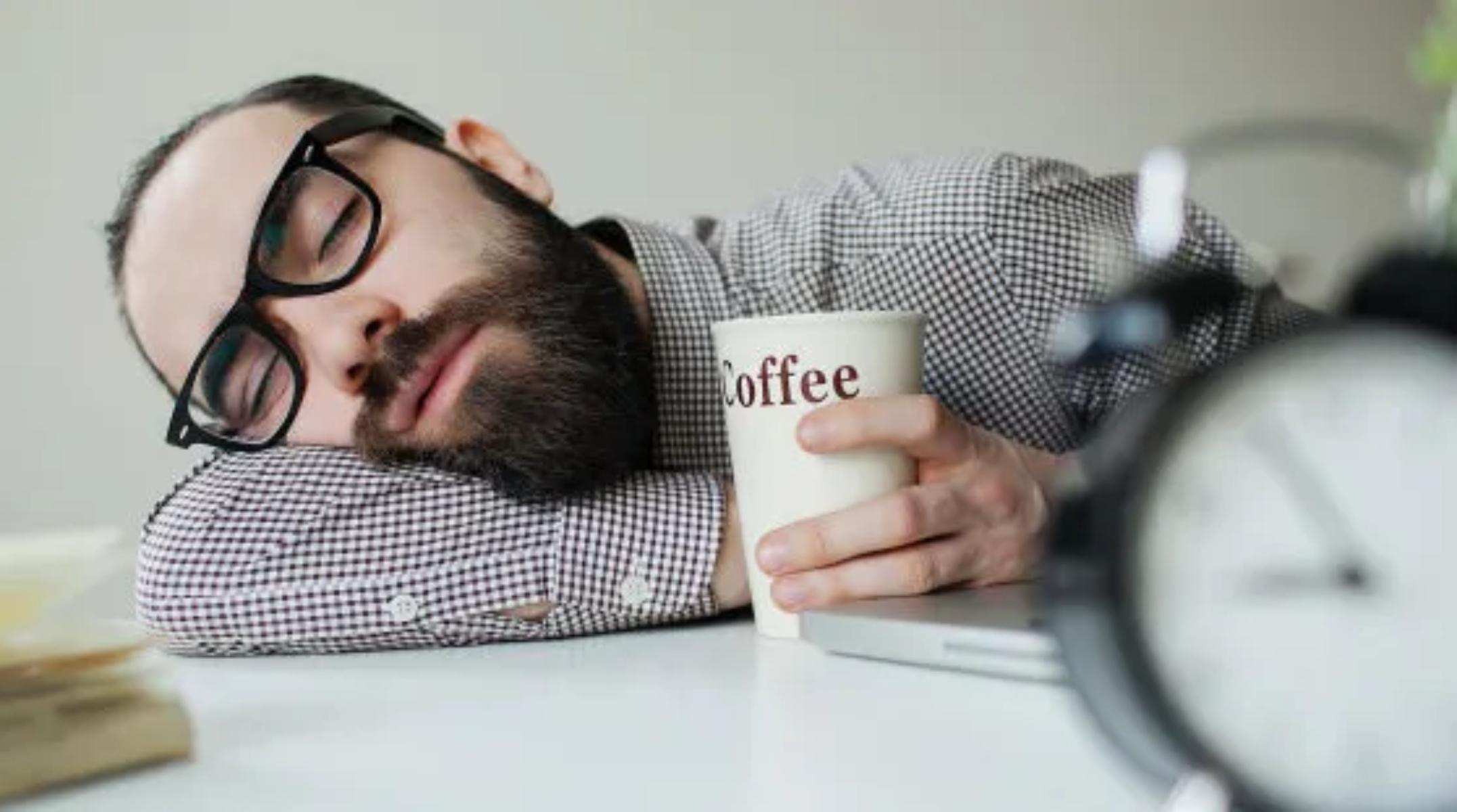 Κόπωση ενέργεια: Πώς να αισθάνεστε λιγότερο κουρασμένος κατά τη διάρκεια της ημέρας