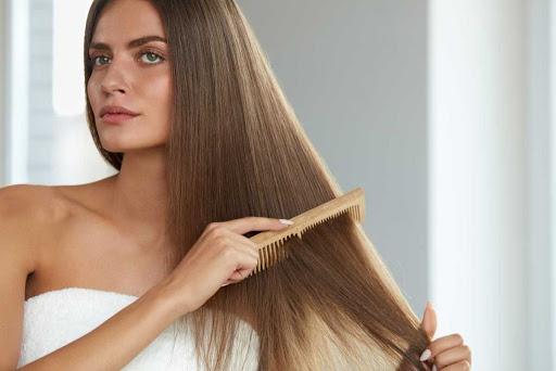 Ομορφιά Μαλλιά: Φυσικές θεραπείες για μακριά μαλλιά