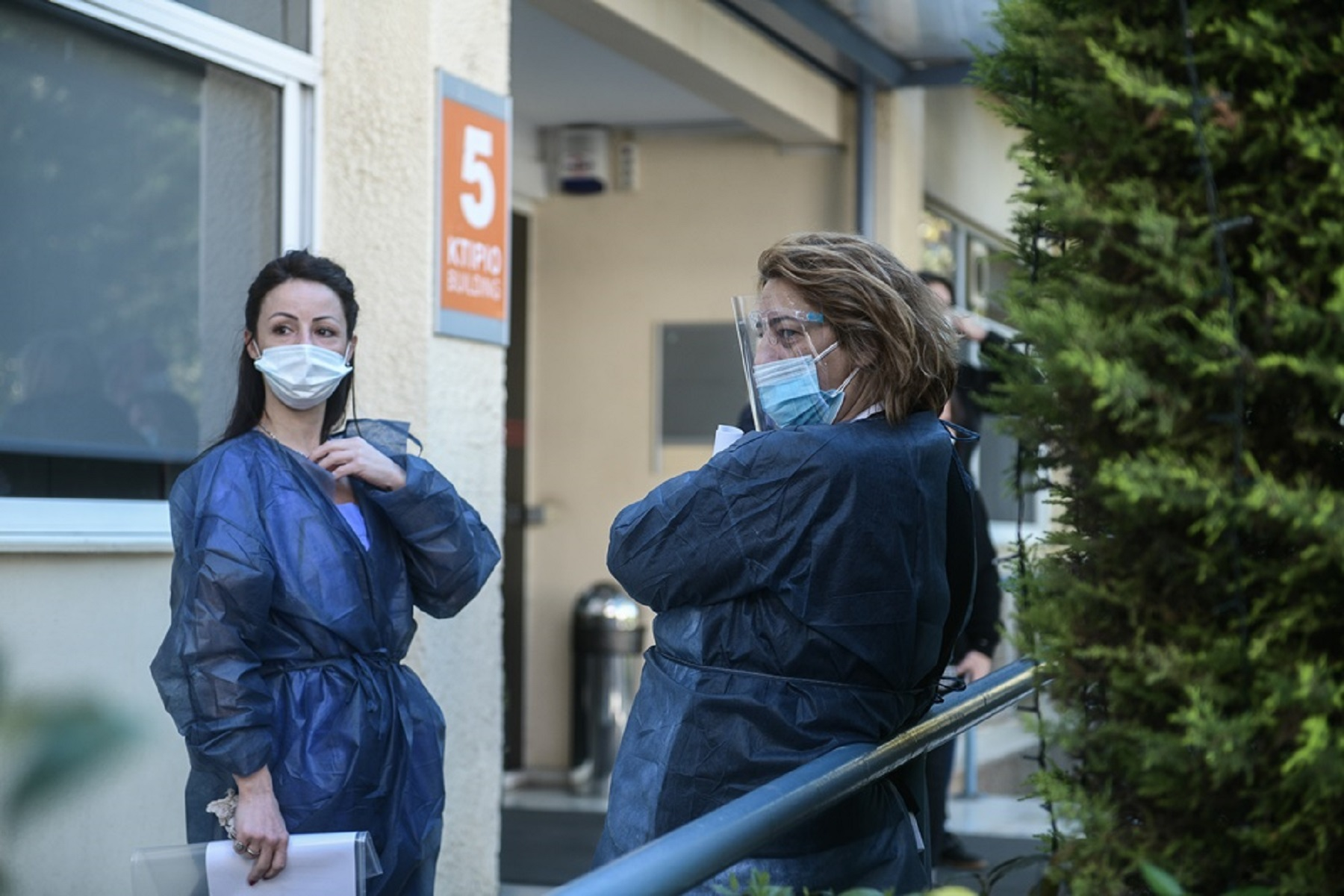 Κέρκυρα Νοσοκόμα: Συναγερμός για την παράλυση της εργαζόμενης στο Νοσοκομείο μετά τη 2η δόση του εμβολίου