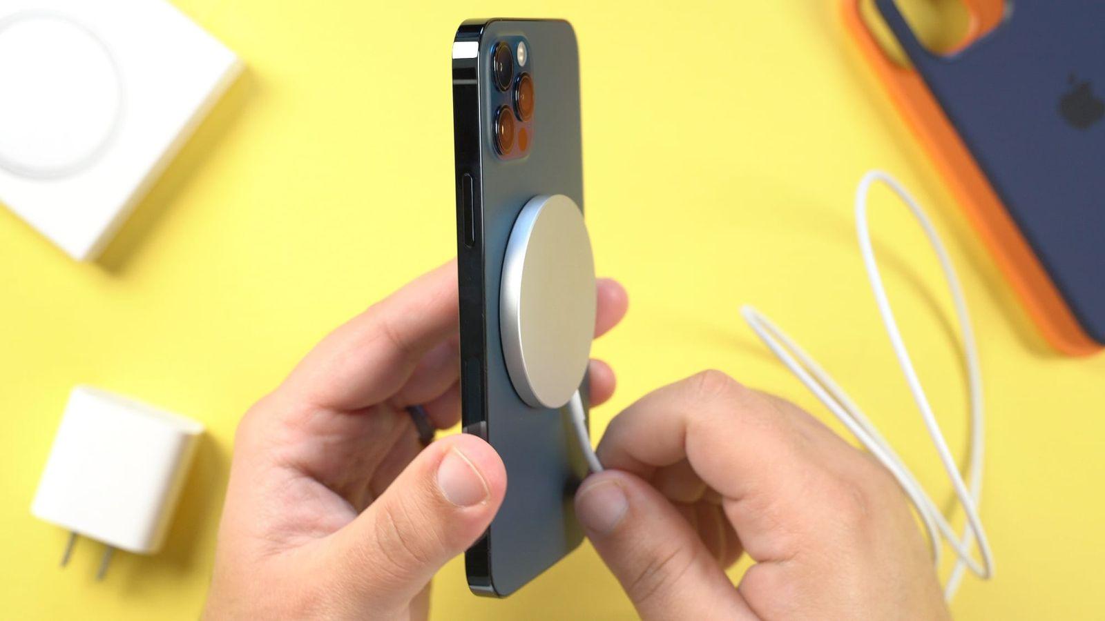 Τεχνολογία Apple: Αναπτυξιακές προκλήσεις αναβάλλουν το λανσάρισμα του iPhone 12s μαγνητικού φορτιστή