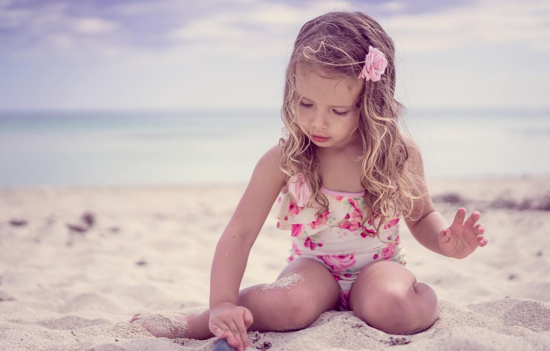 Θάλασσα Παιδιά: Ποιες παραλίες είναι κατάλληλες για τα παιδιά [vid]