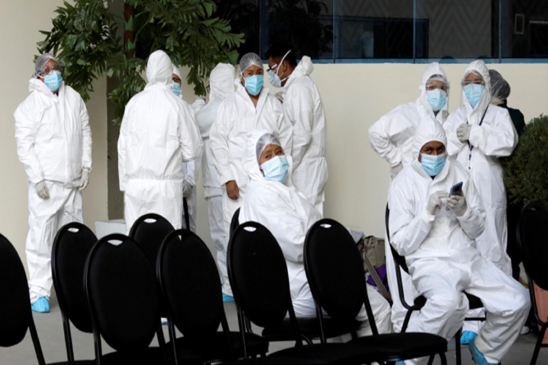 Προσβολές Ξυλοδαρμοί Συλλήψεις: Αποδέκτες βίας λόγω covid οι εργαζόμενοι στον τομέα υγείας σε όλον τον κόσμο