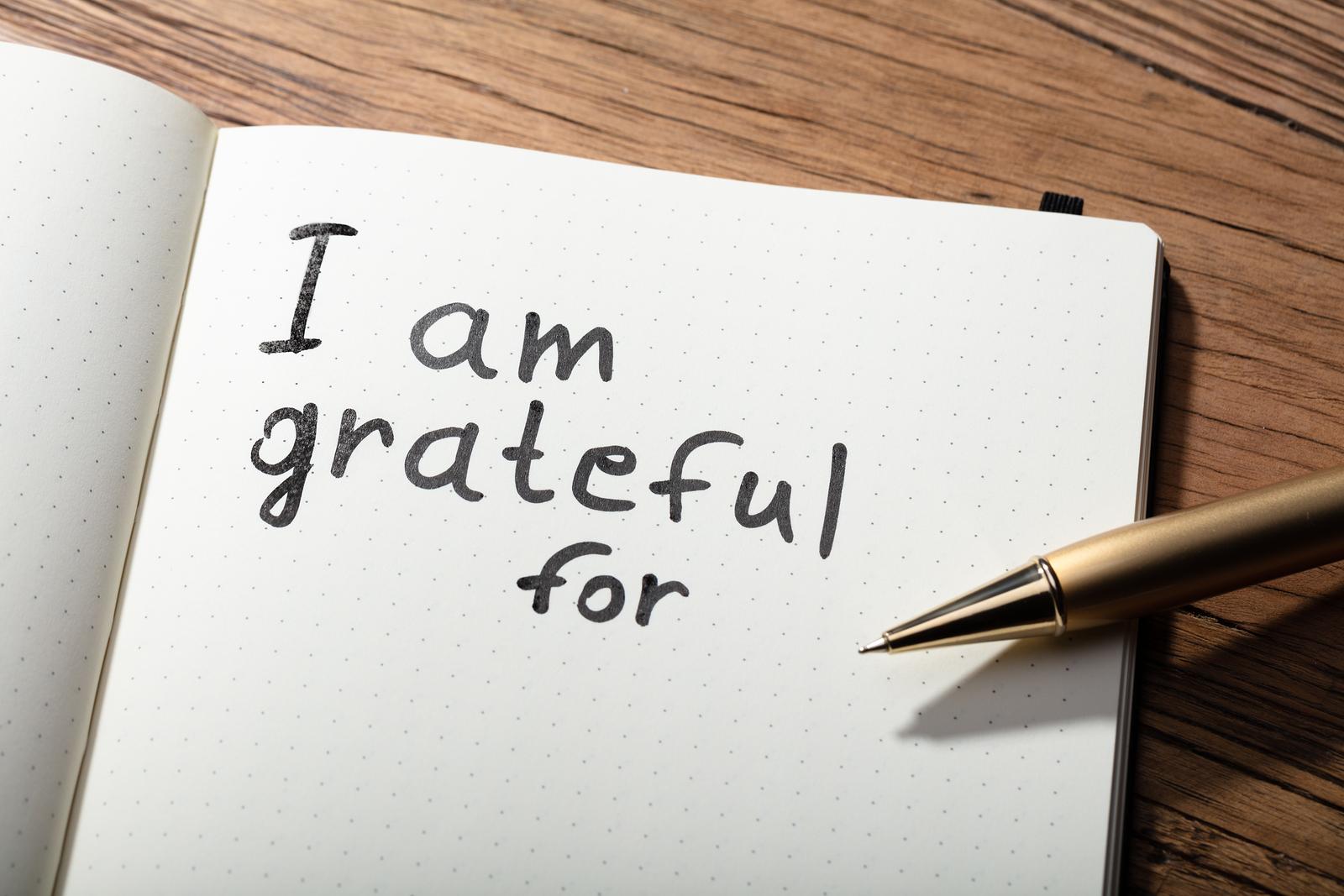 Αυτοφροντίδα: Τρεις τρόποι να εντάξετε την ευγνωμοσύνη στη ρουτίνα αυτοφροντίδας σας [vid]