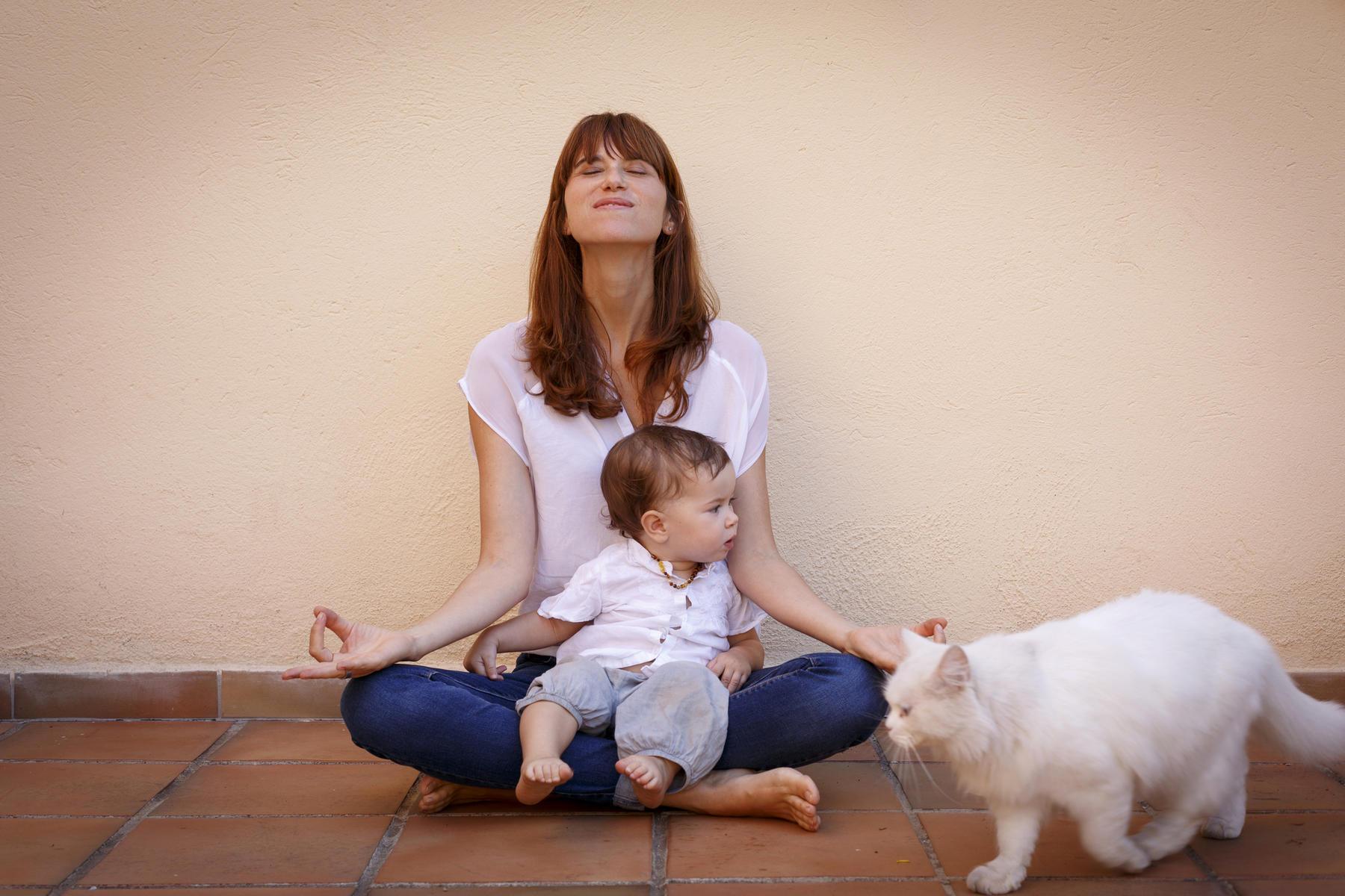 Αυτοφροντίδα εργαζόμενες μαμάδες: Όταν ο προσωπικός χρόνος φαντάζει ανέφικτο όνειρο