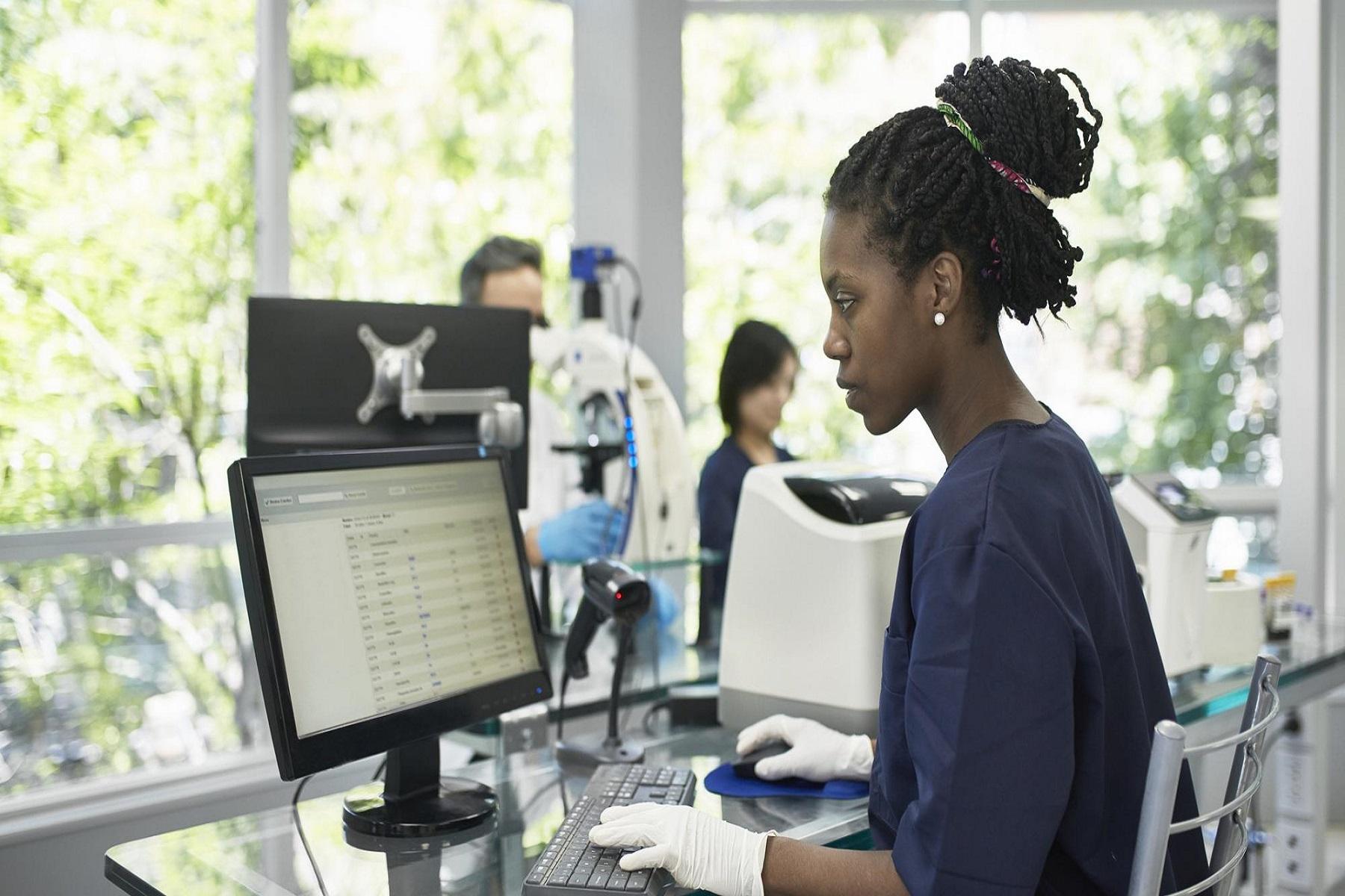 Υπ. Υγείας Αγγλία: Οι 5 κρίσιμοι τομείς της ψηφιακής τεχνολογίας υγείας