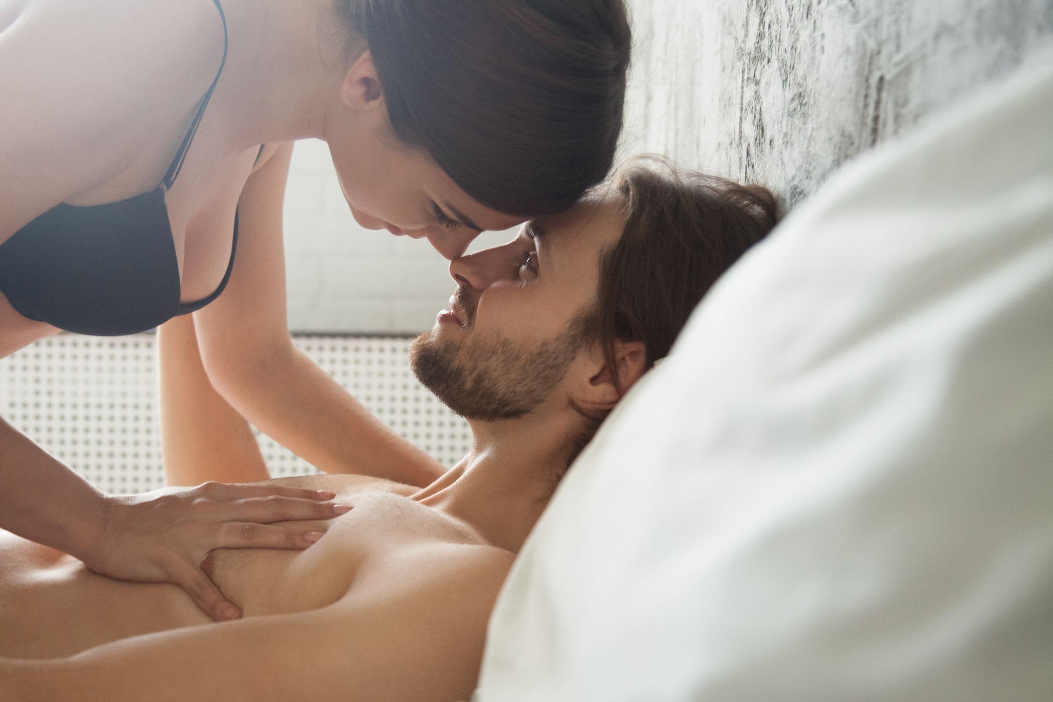 Αθλητισμός Σεξουαλική Υγεία: Τρεις ασκήσεις που μπορούν να ενισχύσουν την σεξουαλική σας ζωή [vid]
