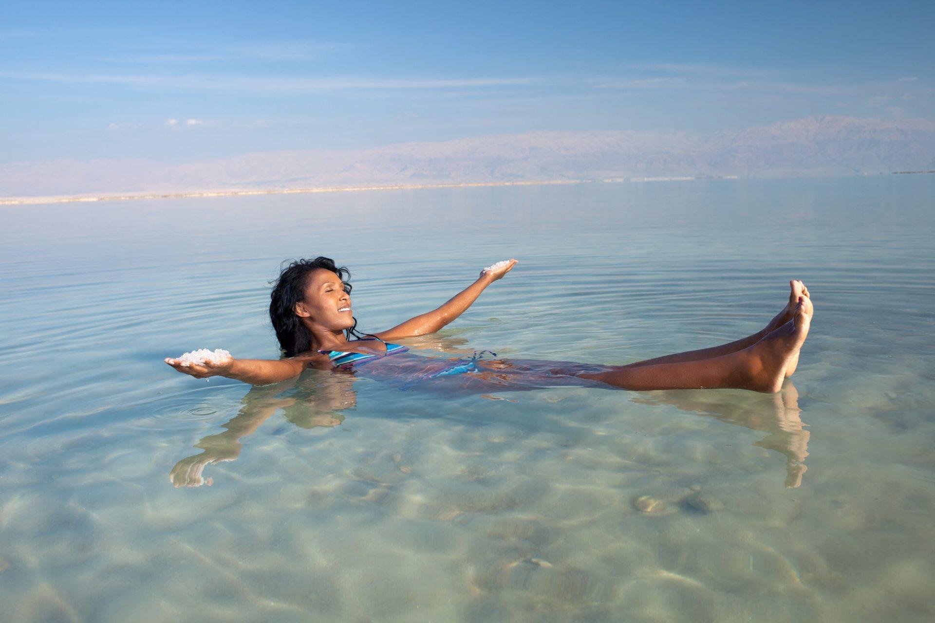Θαλασσινό αλάτι Δέρμα: Tips ομορφιάς με βάση το θαλασσινό αλάτι [vid]