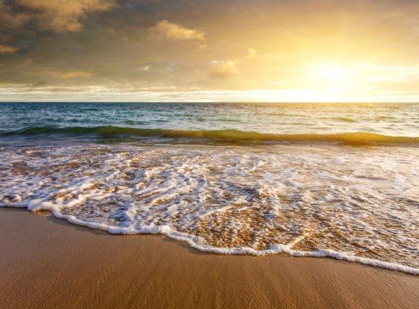Ψυχή και θάλασσα: Η επίδραση του θαλασσινού νερού στην ψυχολογία του ανθρώπου [vid]