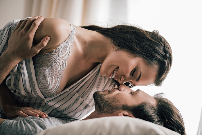 Σεξ: Συμβουλές για να δώσετε νέα πνοή στην ερωτική σας ζωή
