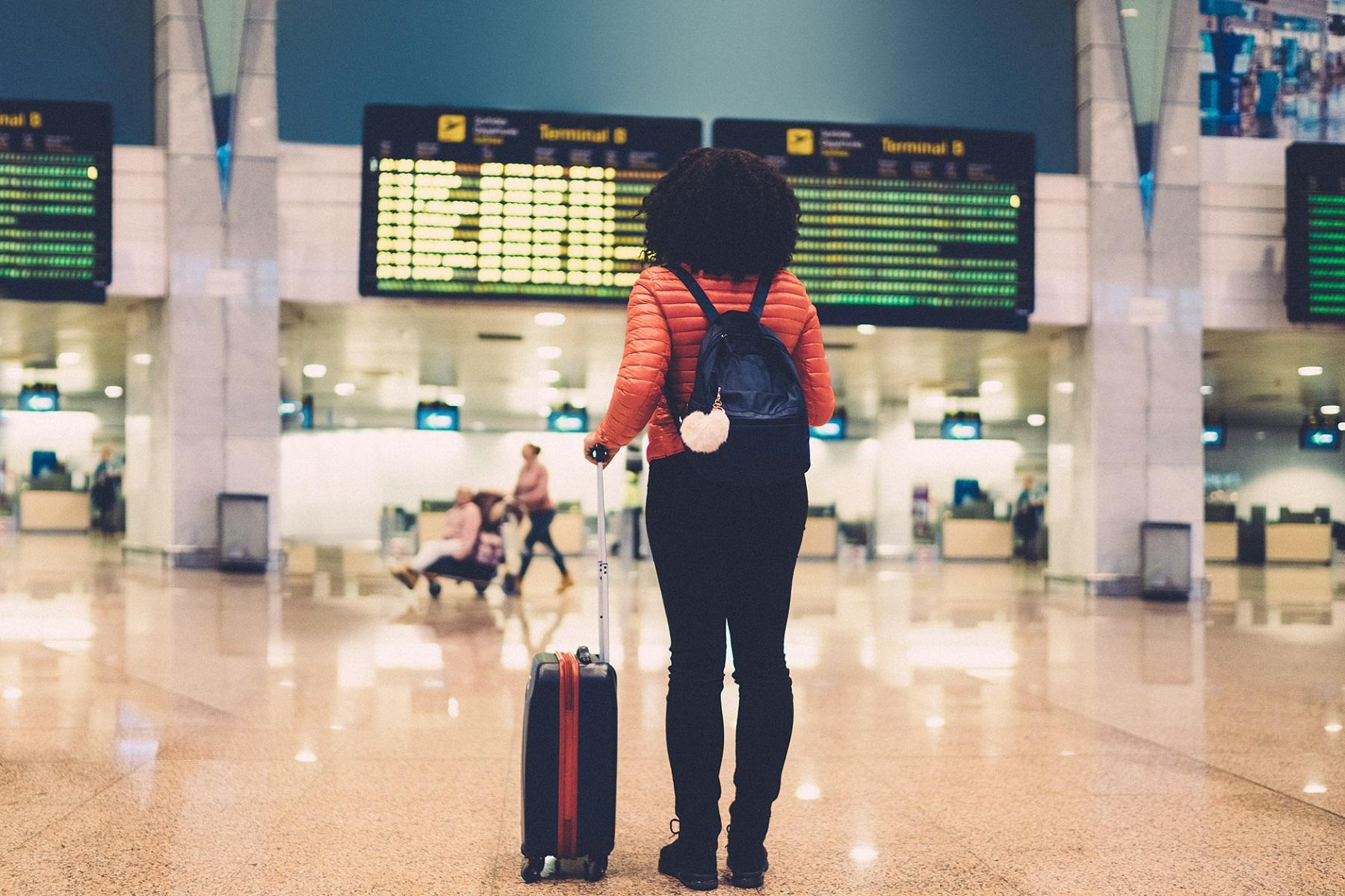 Προσομοίωση Υπολογιστής: Στρατηγικές δοκιμών για ασφαλέστερα αεροπορικά ταξίδια κατά τη διάρκεια της πανδημίας