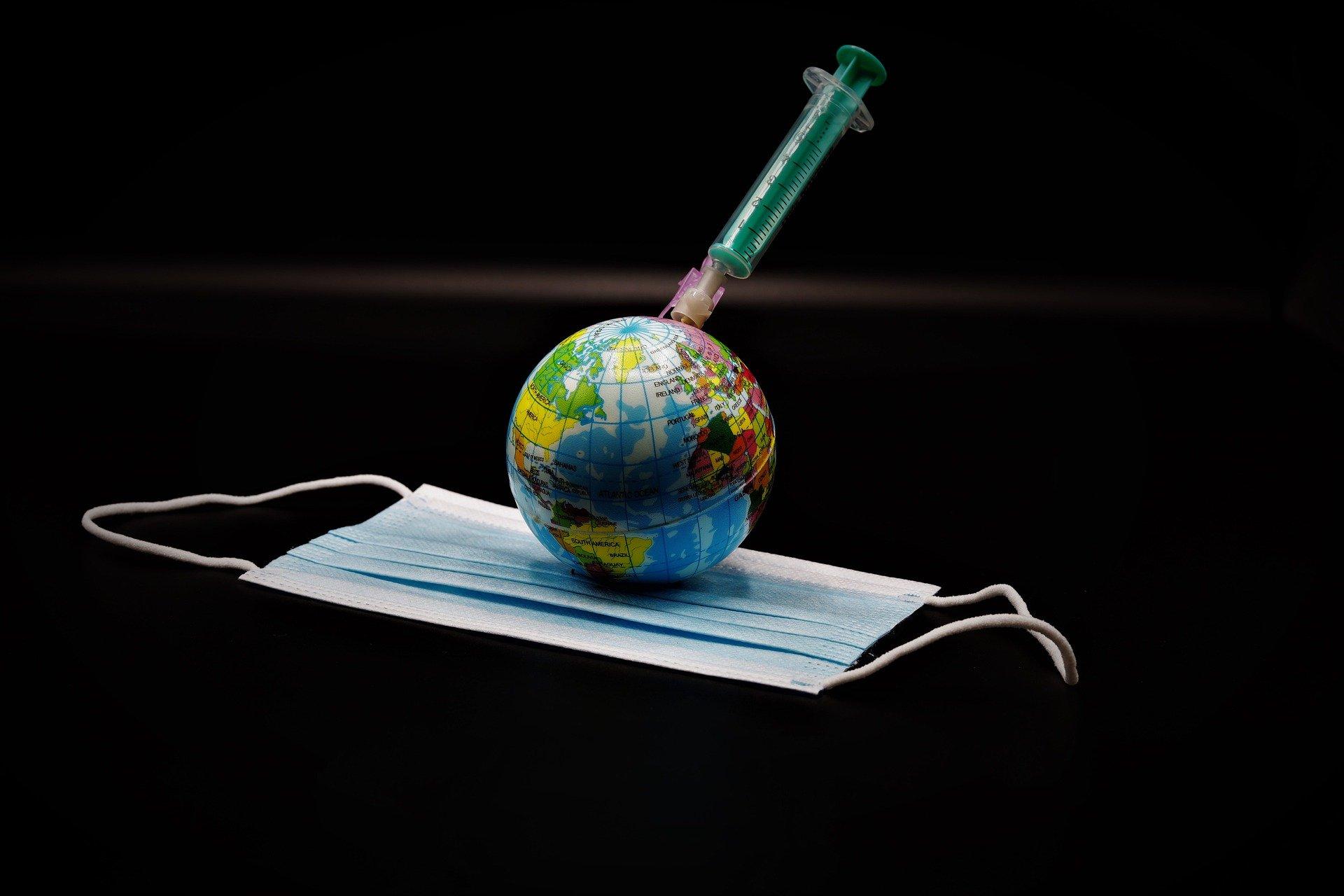 Κορωνοϊός εμβόλιο self test: Self test και εμβολιασμοί για επιστροφή στην κανονικότητα