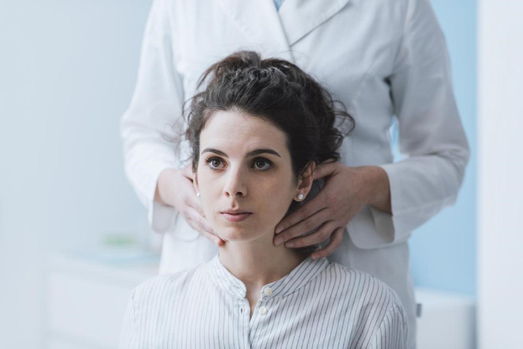 Μελέτη Covid: Προηγούμενη λοίμωξη από κορωνοϊό συσχετίστηκε με λεμφαδενοπάθεια μετά τον εμβολιασμό