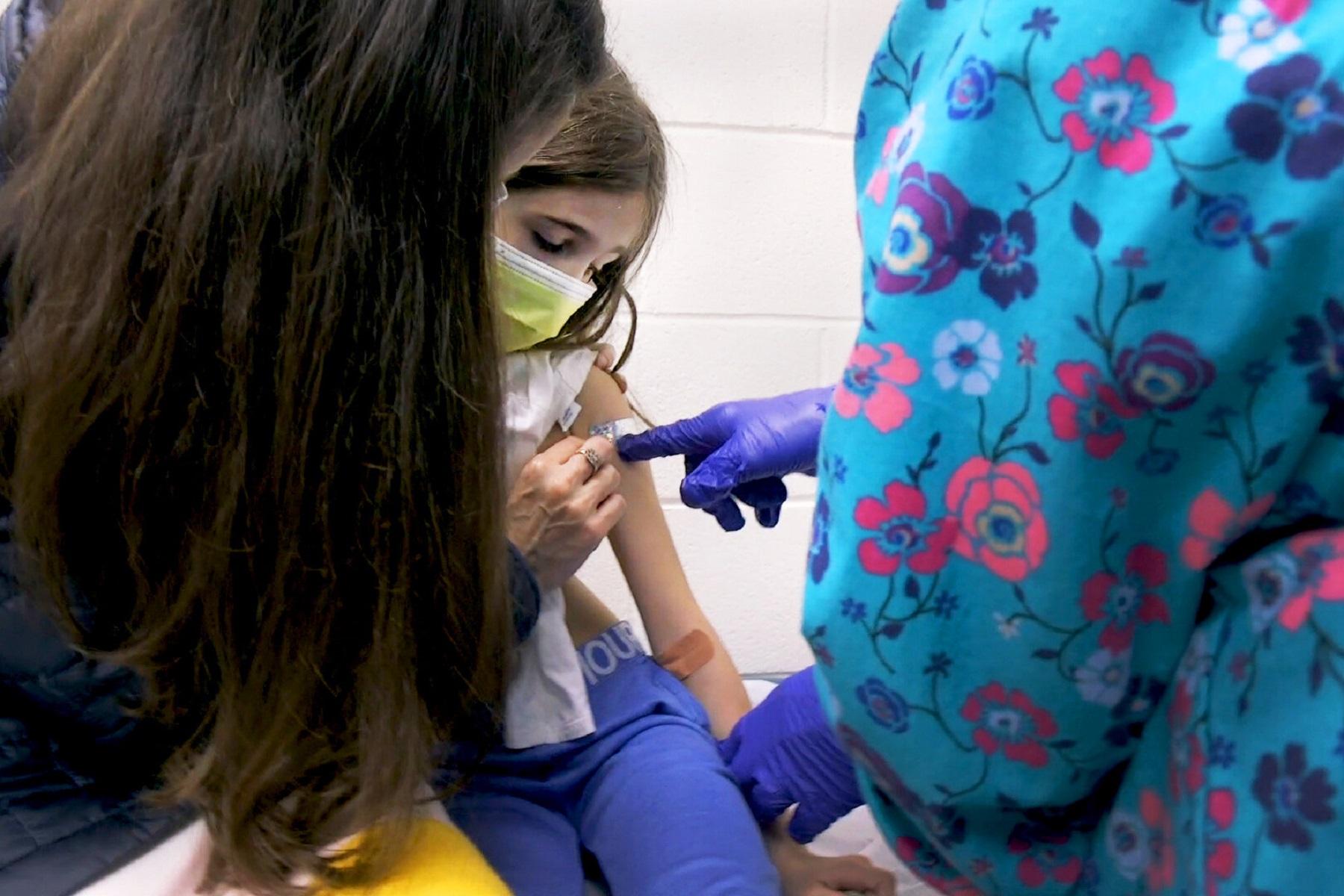 Εμβόλιο Παιδιά: Θα μπορούσαν να βοηθήσουν στην ασφαλή επιστροφή στο σχολείο και τα σπορ