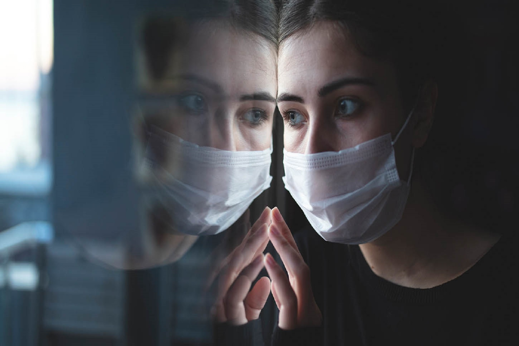 Πανδημία Μοναξιά: Όταν είσαι μέσα στο κύμα, δεν ξέρεις πόση ζημιά θα κάνει όταν σκάσει στην αμμουδιά