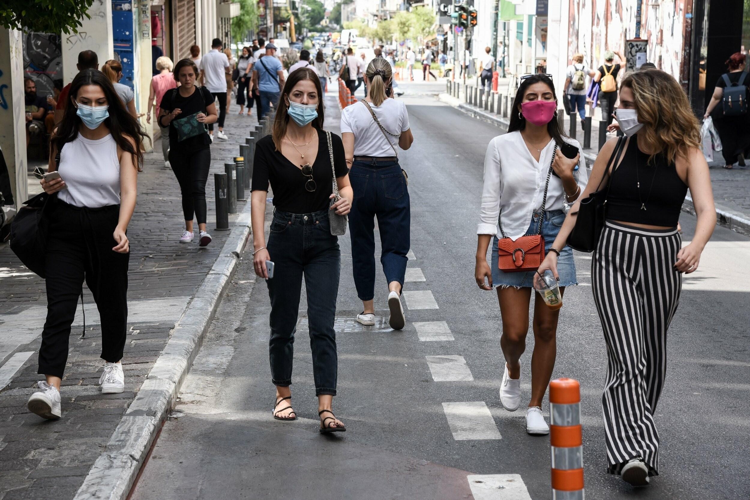 Lockdown μέτρα μετακίνηση: Ελεύθερες οι διαδημοτικές μετακινήσεις από σήμερα -Τι αλλάζει από Δευτέρα, τα sms που θα στέλνουμε ως 15 Μαΐου