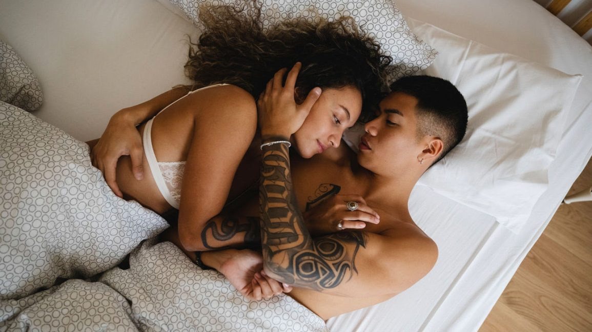 Σεξ: Tips για να απολαύσετε καλύτερα το σεξ και να οδηγήσετε τους συντρόφους σας στην κορύφωση
