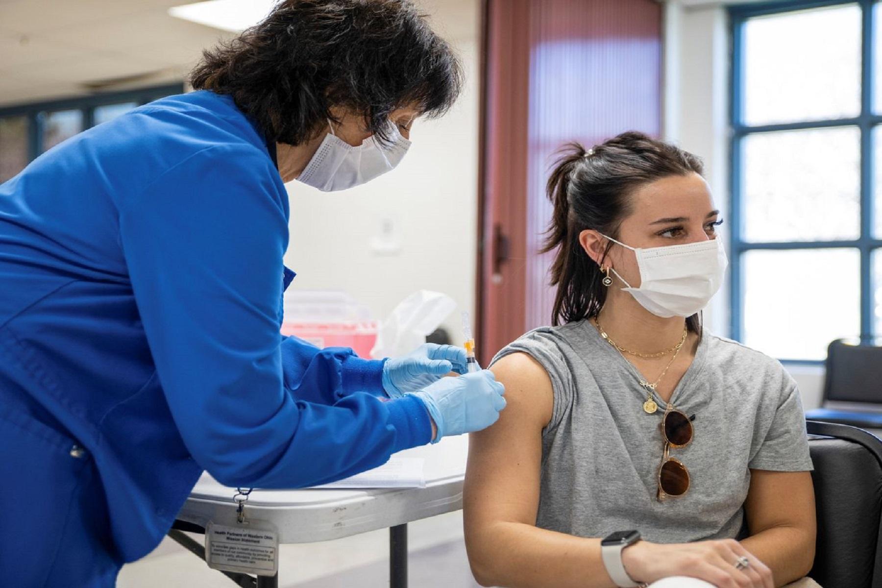 Εμβολιασμοί ΗΠΑ: 3,1 εκατομμύρια εμβόλια covid – 19 ημερησίως κατά μέσον όρο ενώ οι παραλλαγές προβληματίζουν