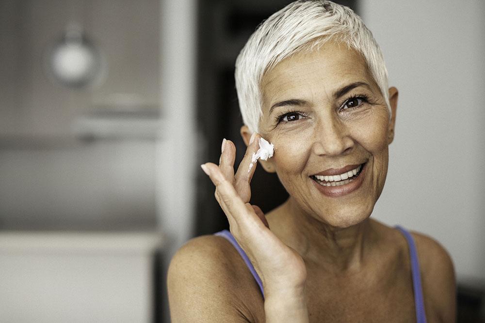 Λίπος Ρυτίδες: Γιατί το λίπος κάνει καλό στο δέρμα σου