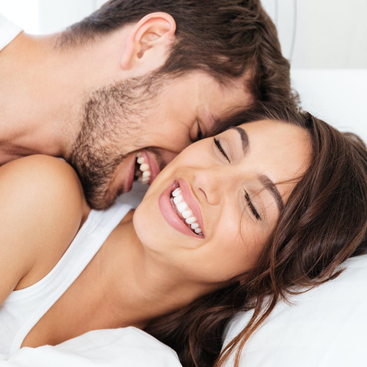 Σεξουαλική υγεία σύντροφος καρκίνος: Νέα έρευνα για τη σεξουαλική δραστηριότητα και την εναλλαγή συντρόφων