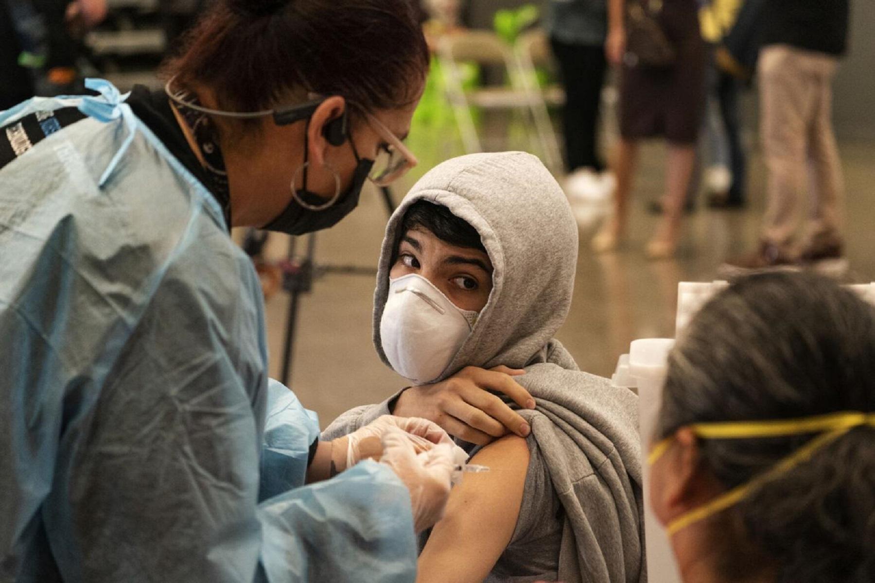 ΗΠΑ Εκπαίδευση Κορωνοϊός: Τα σχολεία δοκιμάζουν τακτικές για τον εμβολιασμό των μαθητών