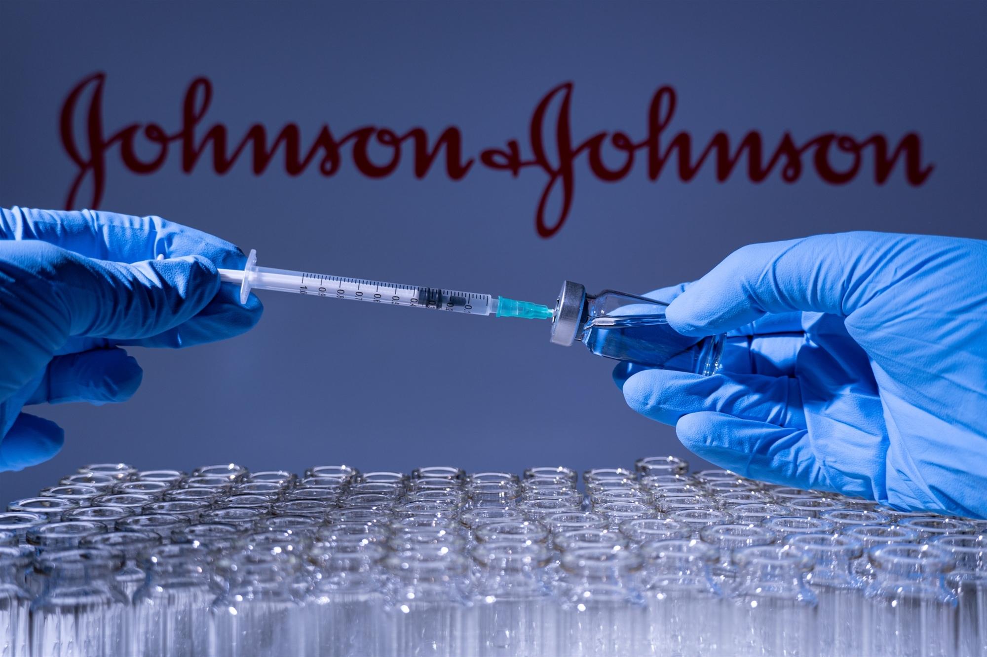 """Εμβόλιο Johnson & Johnson """"Ελευθερία"""": Το μονοδοσικό εμβόλιο της Johnson & Johnson μπαίνει από σήμερα στη «μάχη» κατά του κορωνοϊού"""