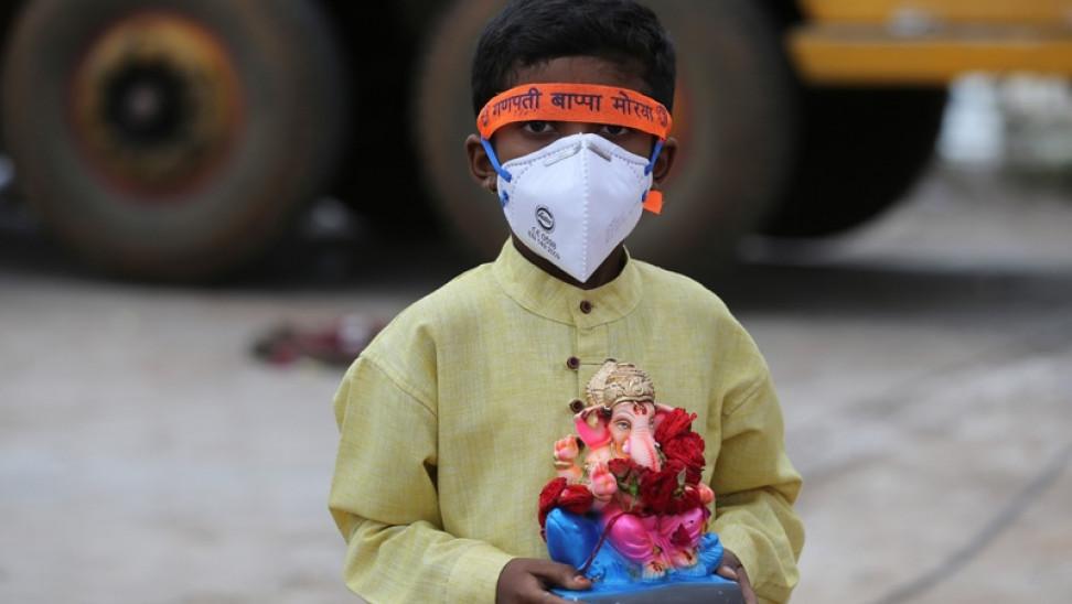 Κορωνοϊός Ινδία: Τουλάχιστον 400.000 νέες μολύνσεις σε 1 ημέρα