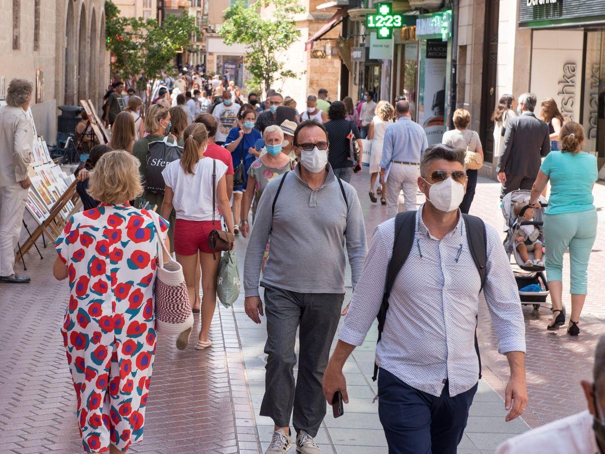 """Κορωνοϊός τουρισμός μετάλλαξη: """"Καμπανάκι"""" ειδικών κατά της χαλάρωσης των μέτρων λόγω τουρισμού"""