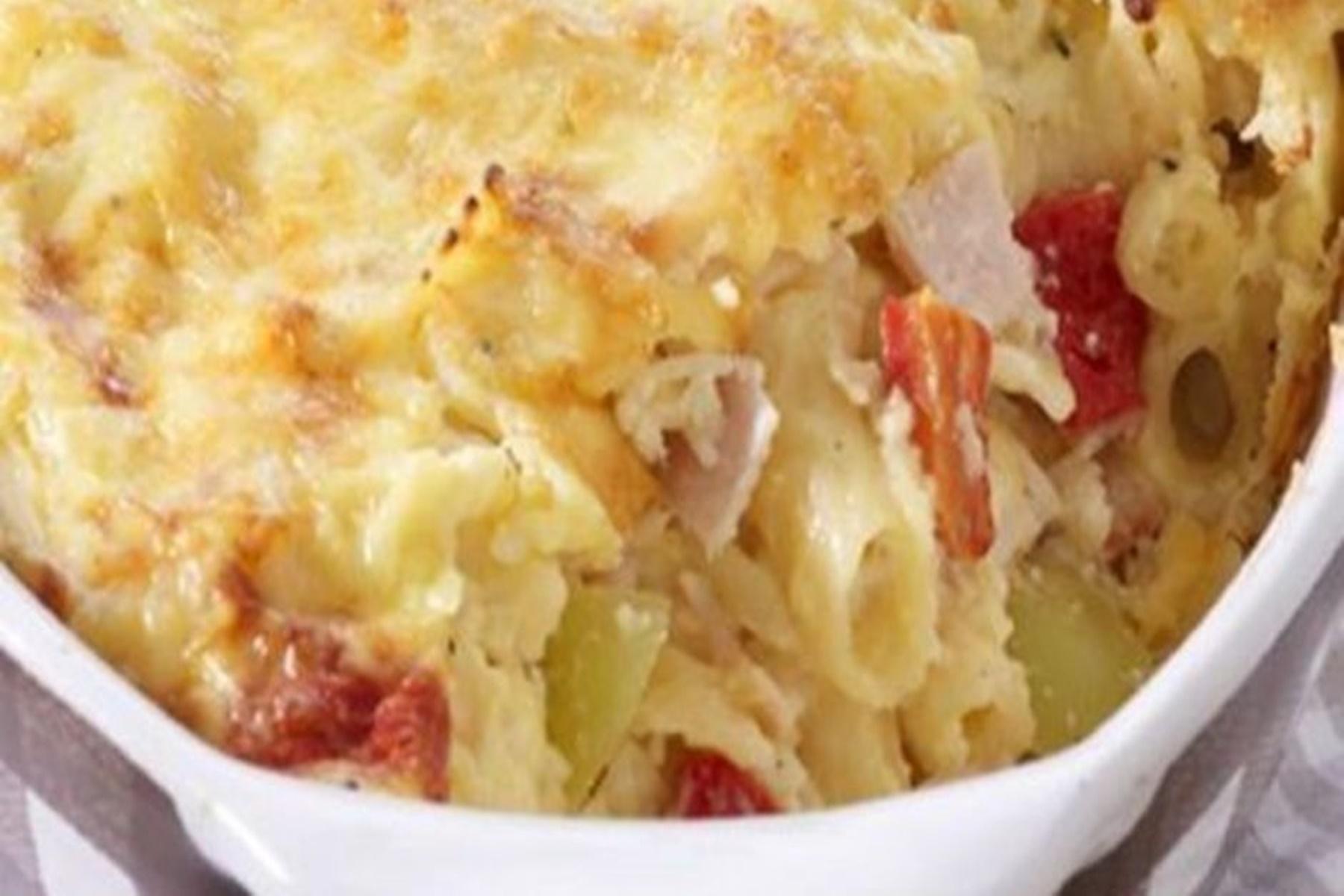Μαγειρική : Λαχταριστό σουφλέ με τυριά και ζαμπόν