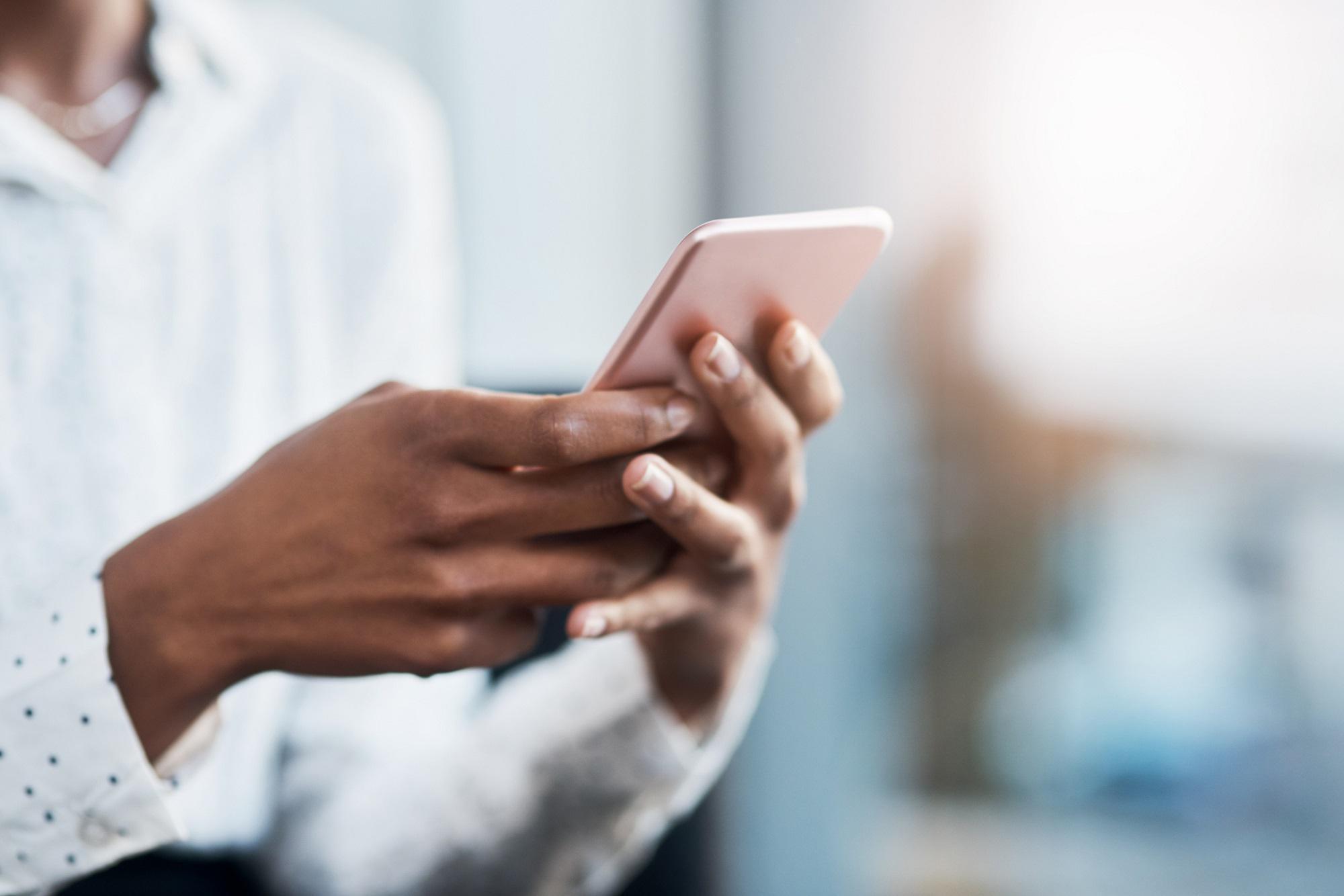 Κινητά και Πανδημία: Ερευνητές αναλύουν δεδομένα υγείας από smartphone