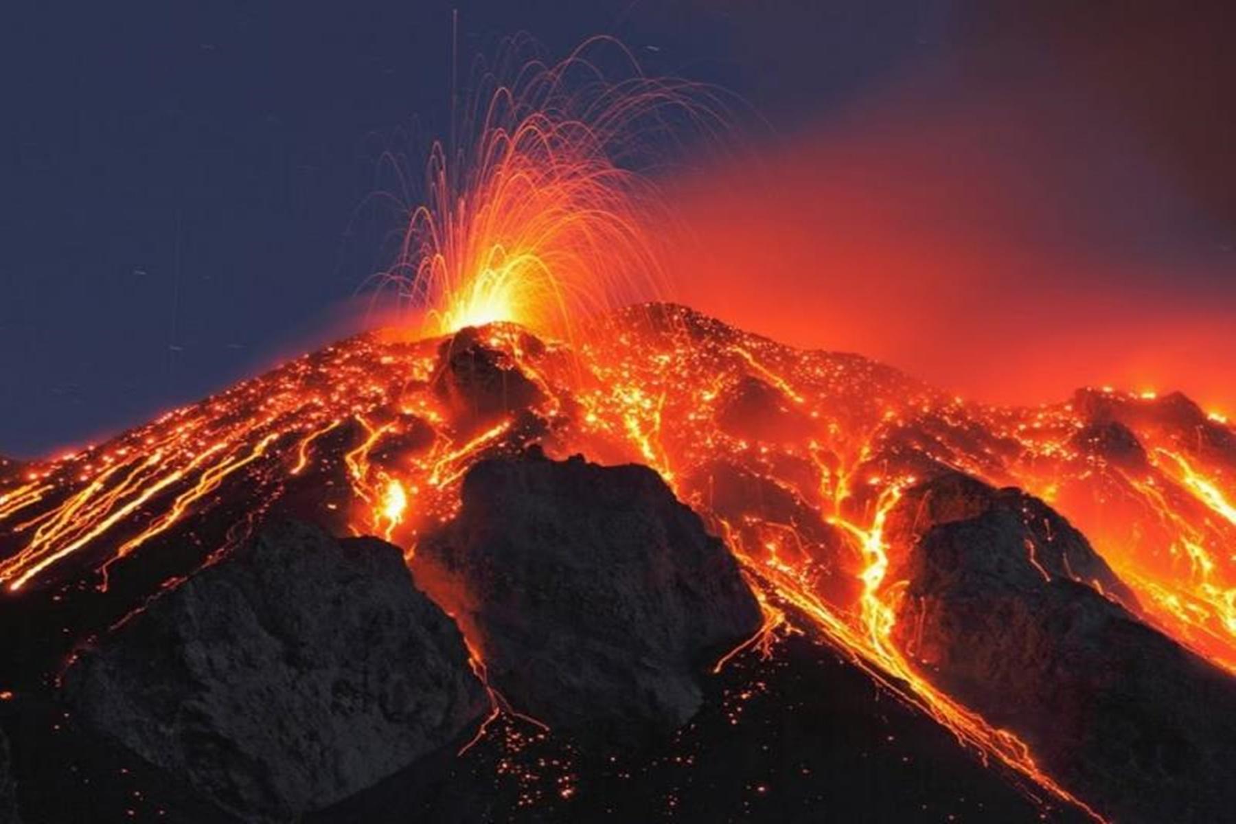 Διάστημα : Οι εκρήξεις δείχνουν ύπαρξη ηφαιστείων