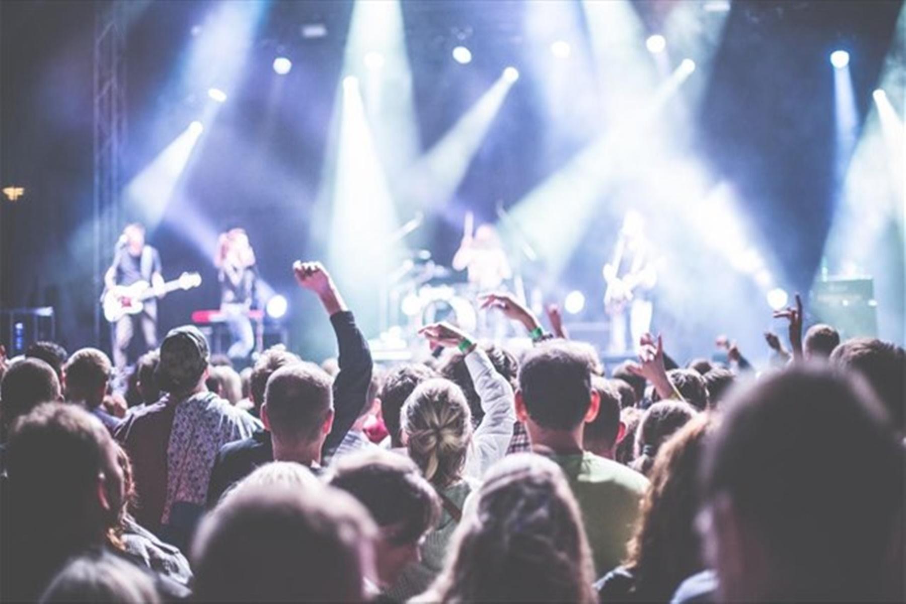 Συναυλίες σε κλειστό χώρο: Απαραίτητη η χρήση Self-test