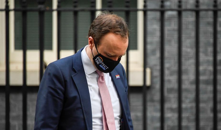 Βρετανία Χάνκοκ: Η μετάλλαξη Δ' είναι κατά 40% πιο μεταδοτική