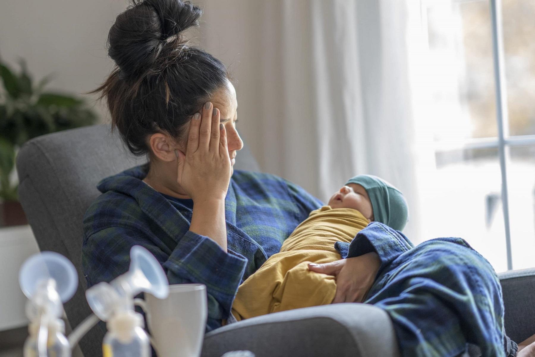 Διαταραχές Ψυχικές ΗΠΑ: Αυξήθηκαν οι επισκέψεις για ψυχιατρική φροντίδα γυναικών μετά τον τοκετό