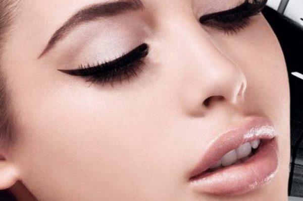 Ομορφιά : Συμβουλές για ομοιόμορφο μακιγιάζ