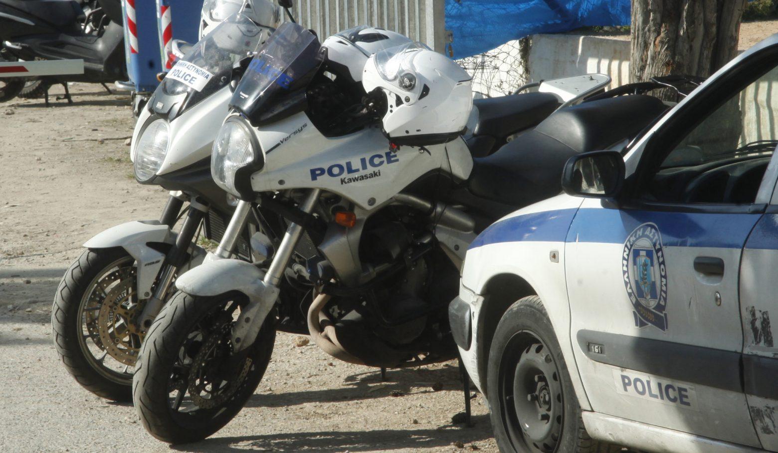 Γυναικοκτονία Δάφνη: Σε διαθεσιμότητα οι αστυνομικοί που αγνόησαν τις καταγγελίες για ενδοοικογενειακή βία [pic, vid]