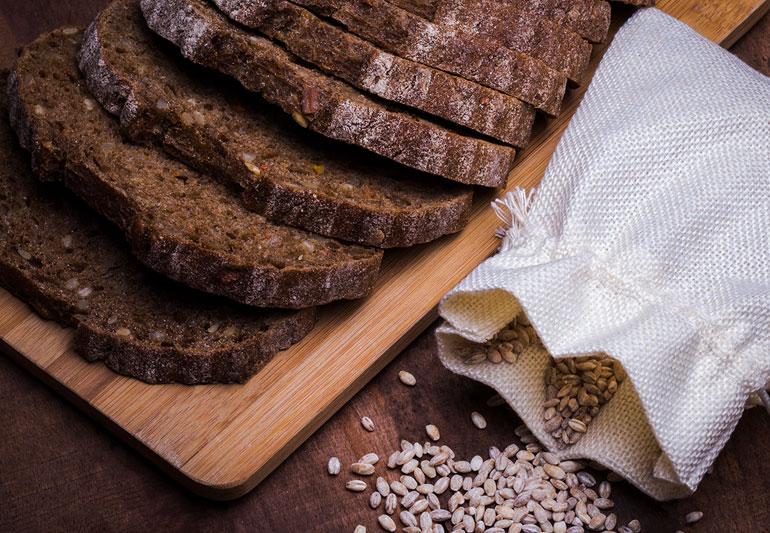 Καρδιά Διατροφή: Η κατανάλωση προϊόντων ολικής άλεσης συνδέεται με μικρότερο κίνδυνο καρδιακών παθήσεων