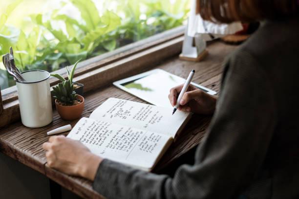 Ημερολόγιο: Τα οφέλη του journaling στην ψυχική υγεία και διαχείριση του στρες
