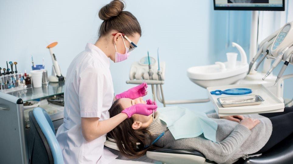 Οδοντιατρικός σύλλογος Αττικής : Έτσι θα αντιμετωπιστούν έκτακτα περιστατικά