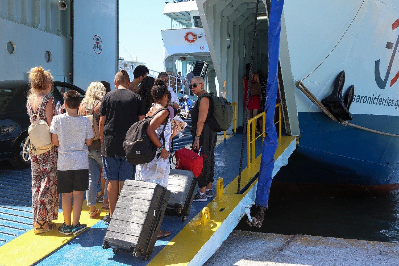 Νησιά τεστ κορωνοϊός: Στο πλοίο μόνο με green pass ή αρνητικό τεστ από Δευτέρα