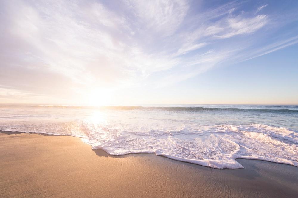 Θάλασσα: Οι ψυχοθεραπευτικές δυνάμεις της θάλασσας [vid]