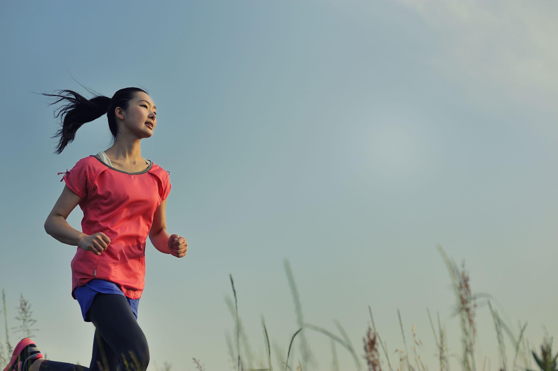 Αθλητισμός: H άσκηση μας φέρνει ένα βήμα πιο κοντά στην ευτυχία [vid]