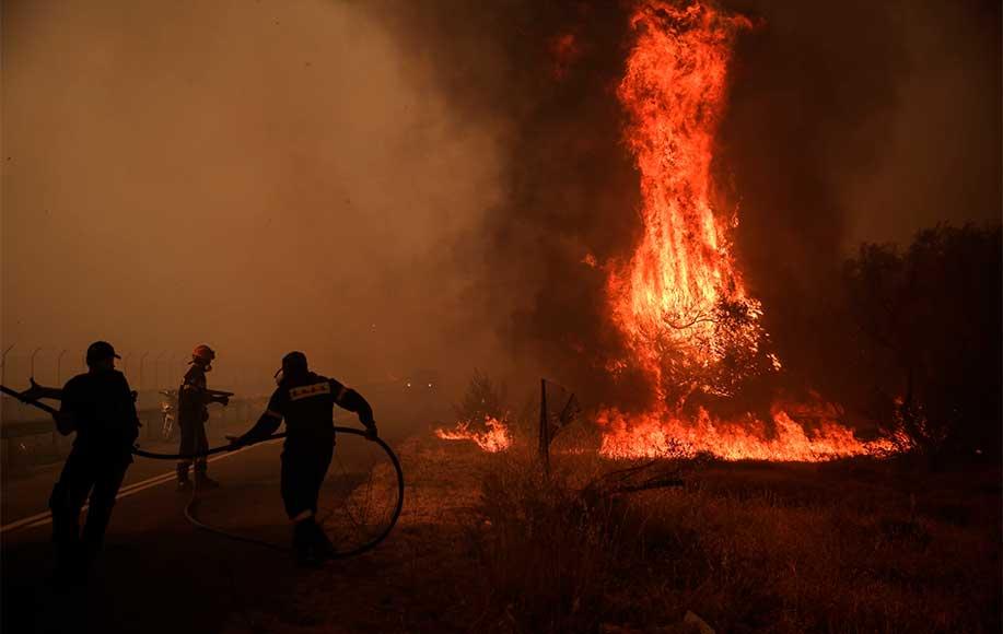 Νίκος Χαρδαλιάς για Βαρυμπόμπη: 12.500 στρέμματα κάηκαν – 76 σπίτια έχουν υποστεί σοβαρές ζημιές