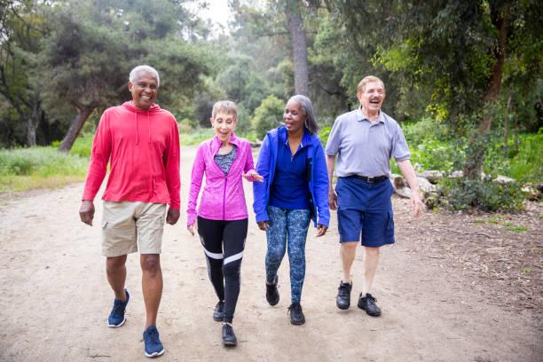 Περπάτημα: Λόγοι που πρέπει να περπατάτε περισσότερο [vid]