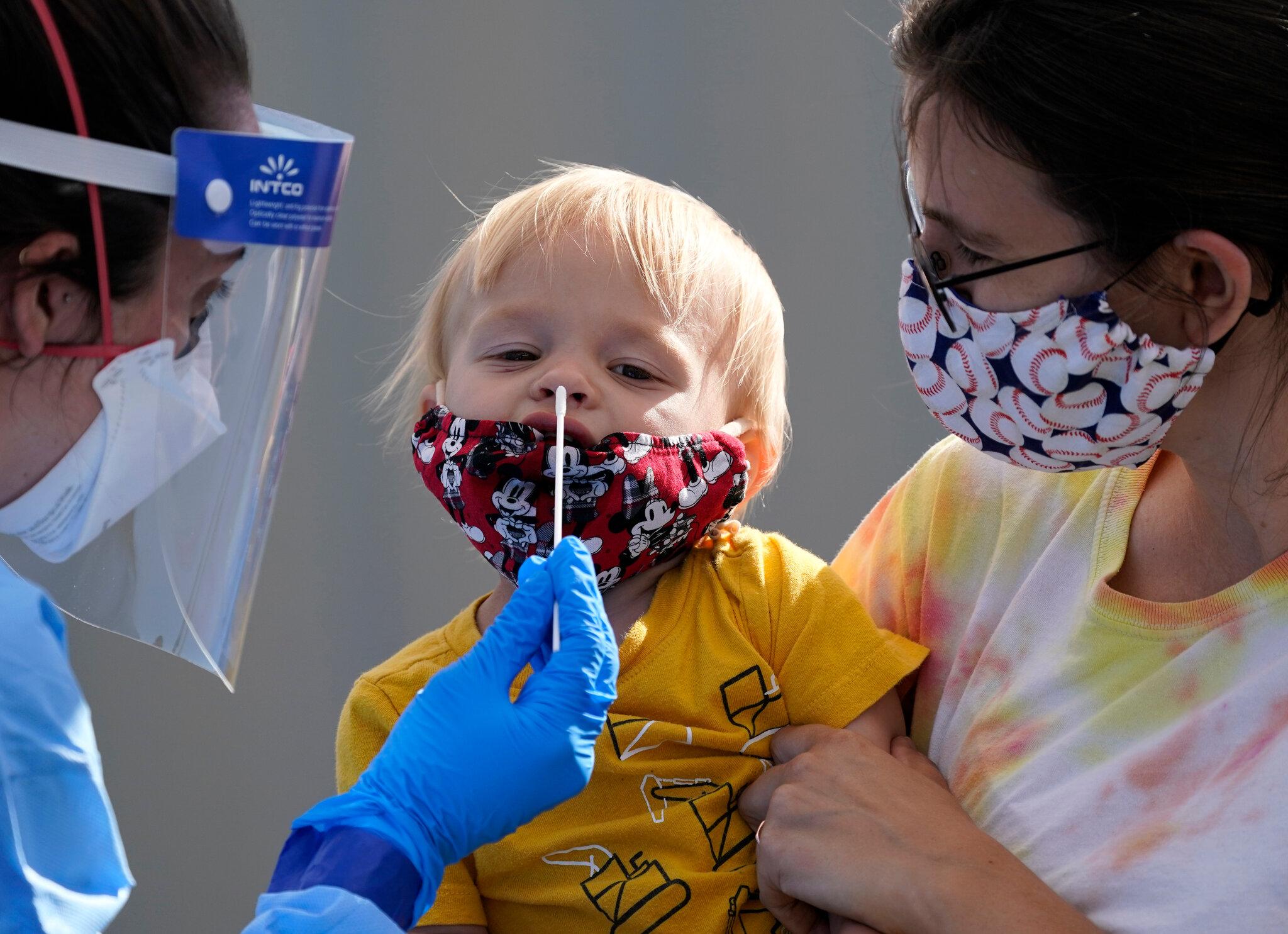 Κορωνοϊός ΗΠΑ: Ο εμβολιασμός των ενηλίκων ασπίδα προστασίας των παιδιών