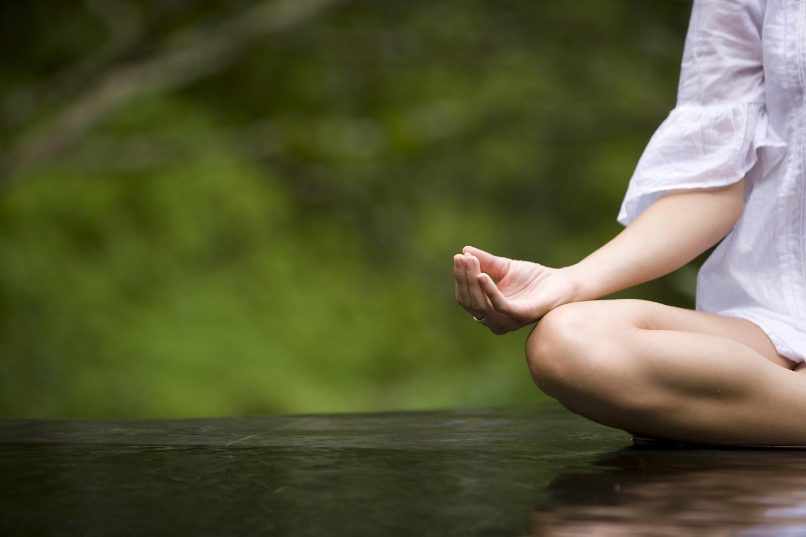 Διαλογισμός Mindfulness: Τα οφέλη του στη σωματική υγεία και ευημερία [vid]