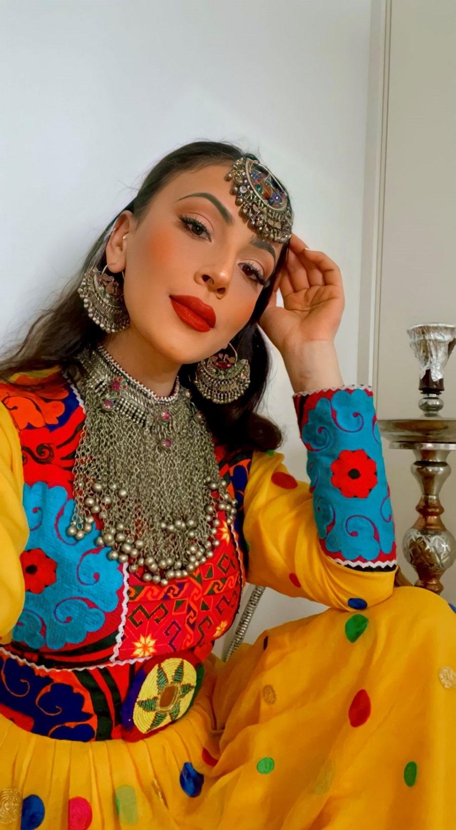 Μπαχάρ Τζαλάλι: Η Αφγανοαμερικανή ιστορικός αναδεικνύει την Αφγανική κουλτούρα