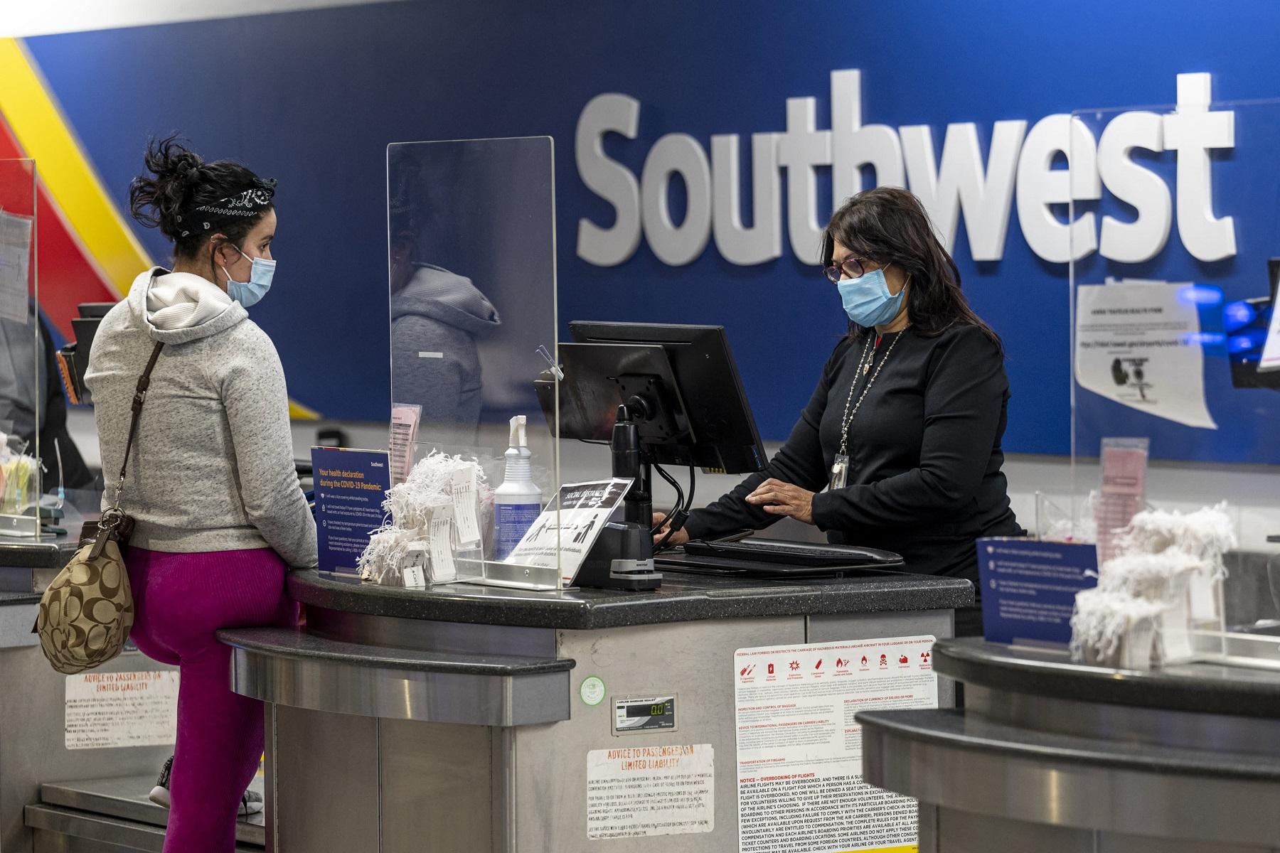Southwest Airlines: Προσφέρει επιπλέον αμοιβή σε εργαζόμενους που εμβολιάζονται