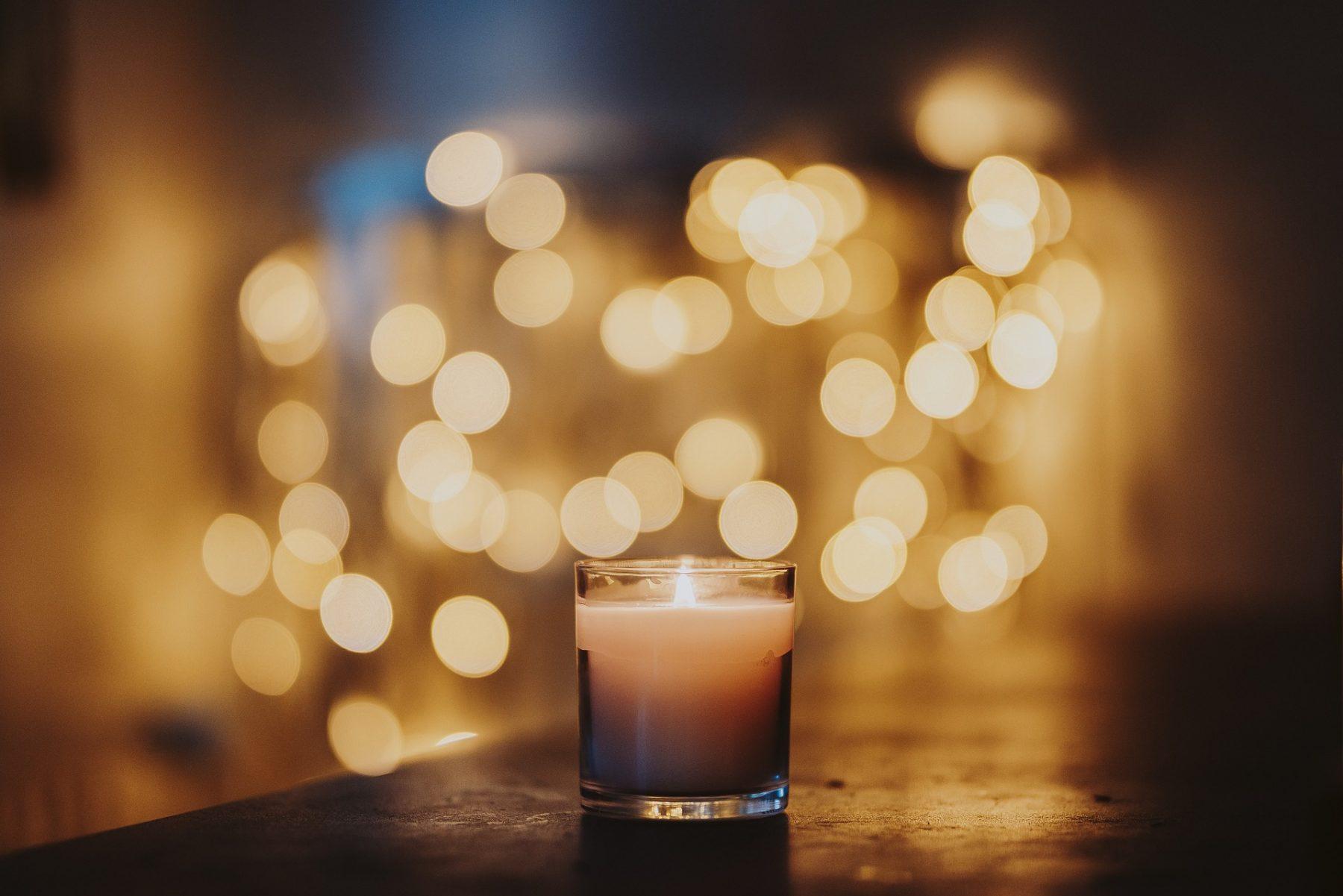 Αρωματικά κεριά: Αιθέρια έλαια και αρώματα για στιγμές χαλάρωσης